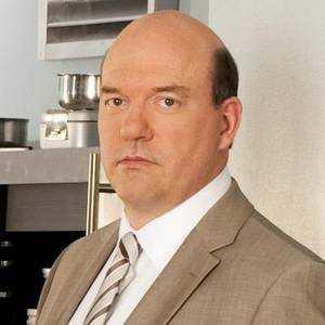 Detective Bud Morris