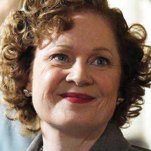 Miriam Fry