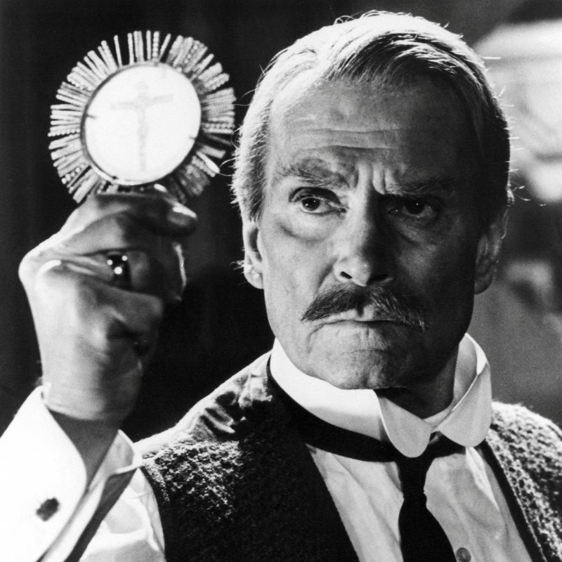 Laurence  Kerr Olivier