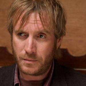 Biografia di rhys ifans screenweek for Xeno schrank