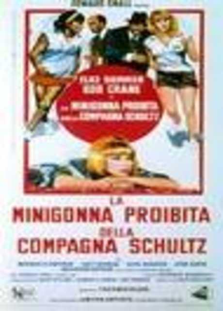 La minigonna proibita della compagna Schultz