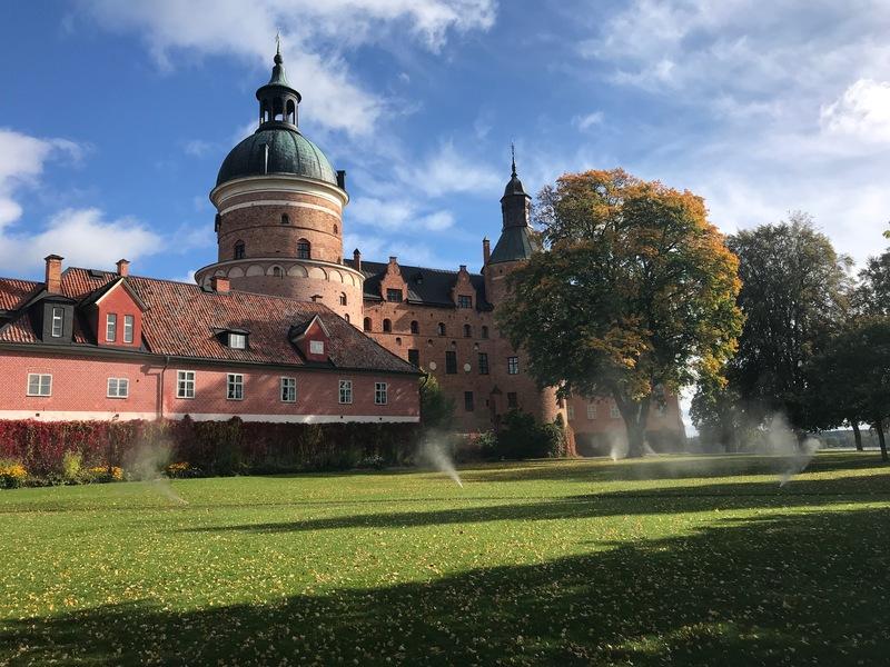 Bevattningssystem med pop-up spridare vintertöms på Gripsholms slott