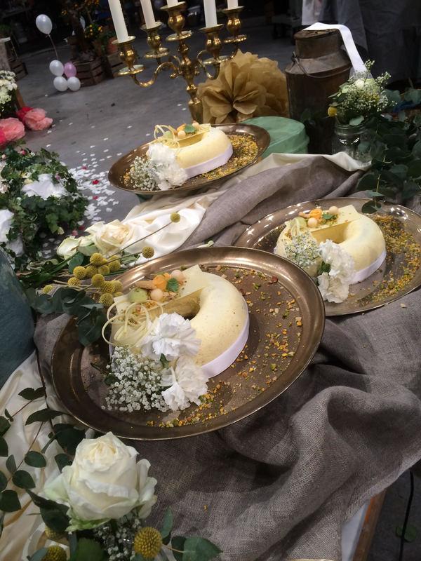 Malins vinnartårta med bröllopstema.
