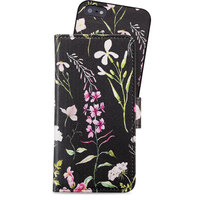 Holdit Wallet Case Magnet iPhone 5/5s/SE Swedish Linnéa