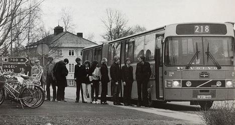 Ledbuss från 1983. Linje 218 på väg mot Växjö från Hovmantorp.