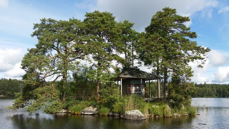 bild 1 av Lusthuset på egen ö