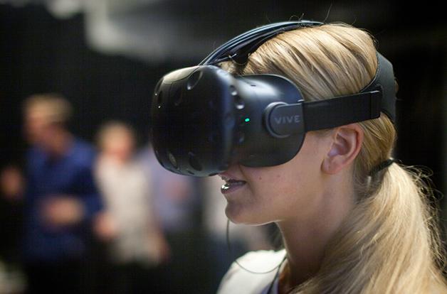 Upptäck, lär och tillämpa VR preview bild