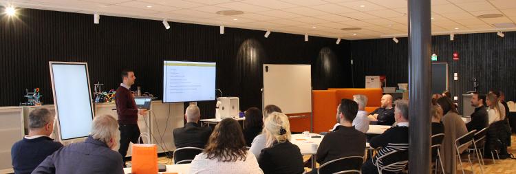Foto från föreläsning i Videum Innovation Lab.