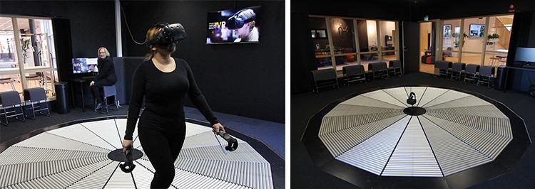 Foto från Videum VR med en kvinna som använder det rörliga golvet kombinerat med handkontroller och headset.