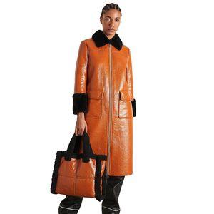 Kristen Coat