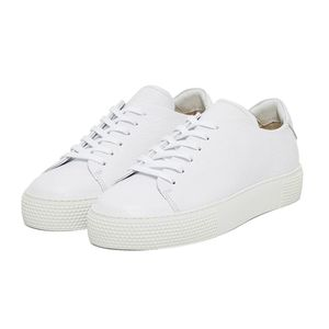 Low Lace Leather Sneakers