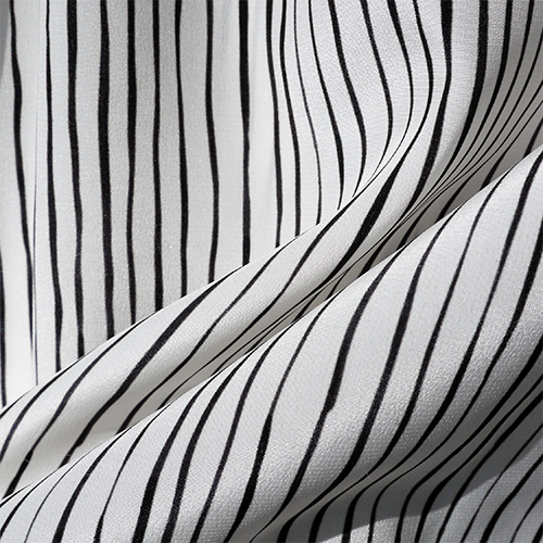 Bild 1 av Silk crepe, painted stripe small-used in Saturday, Perfect Day and Elise