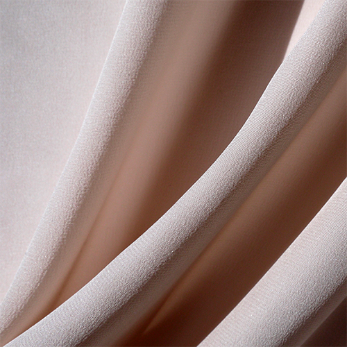 Bild 1 av Silk crepe, powder pink-used in Saturday, Perfect Day and Elise