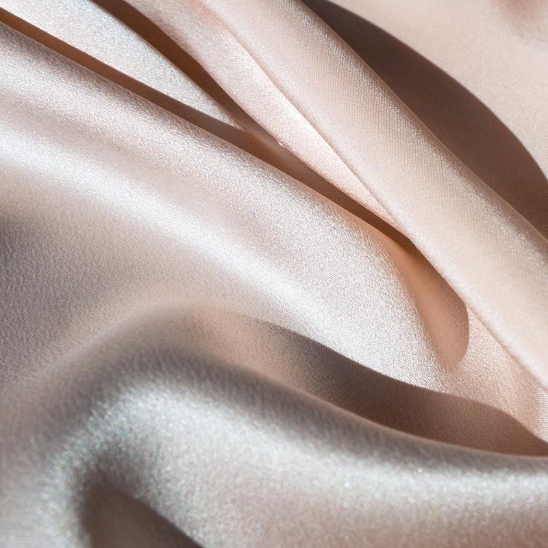 Bild 2 av Silk Satin, Powder pink  - used in Perfect Day dress