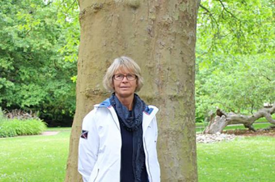 Helen Carinder