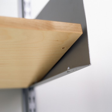 Flap on shelf end