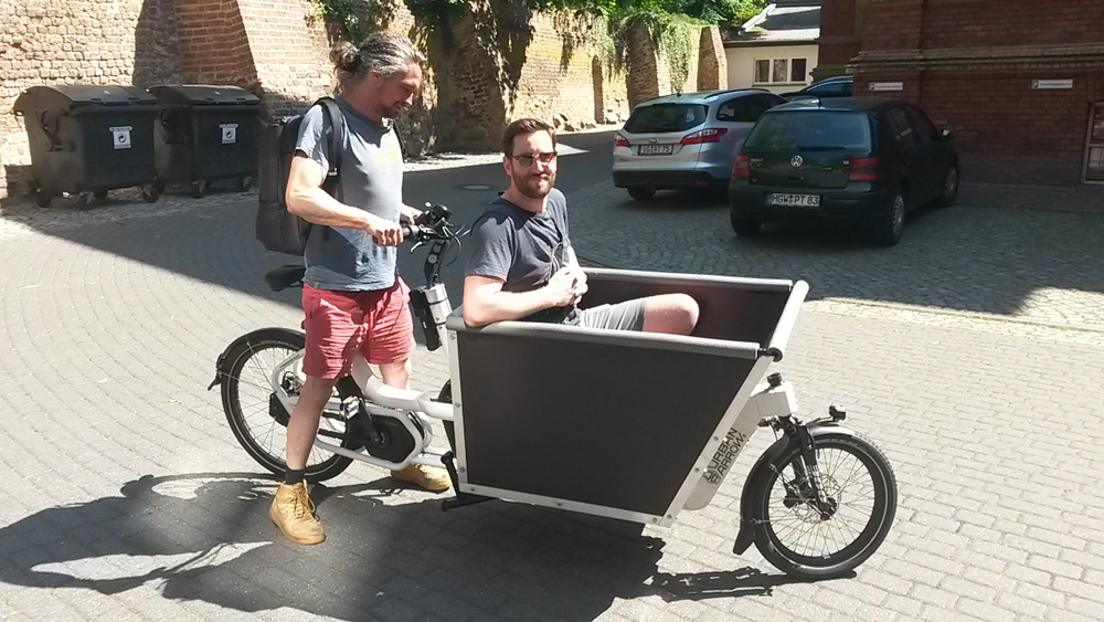 Ernst in his newly bought cargobike