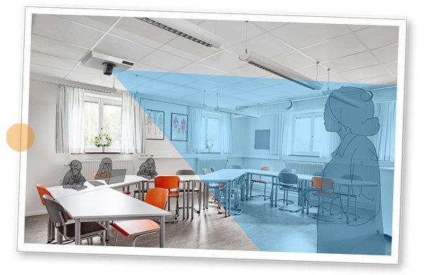 Bilden visar ett klassrum med elever där kameran MagniLink AIR Uno är inställd i avståndsläge - riktad mot läraren vid tavlan.