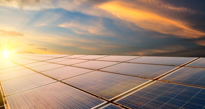 Asfaltbolaget investerar i solenergi