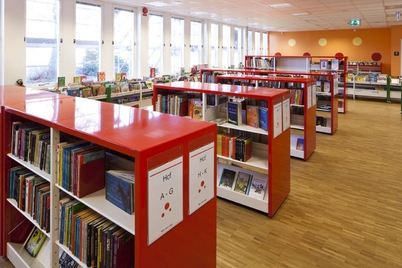 https://s3-eu-west-1.amazonaws.com/static.wm3.se/sites/504/media/185509_small_Bor__s_stadsbibliotek-06.jpg?1516824156