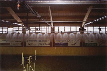 HERMAN - automatisk dammbekämpning för ridhus