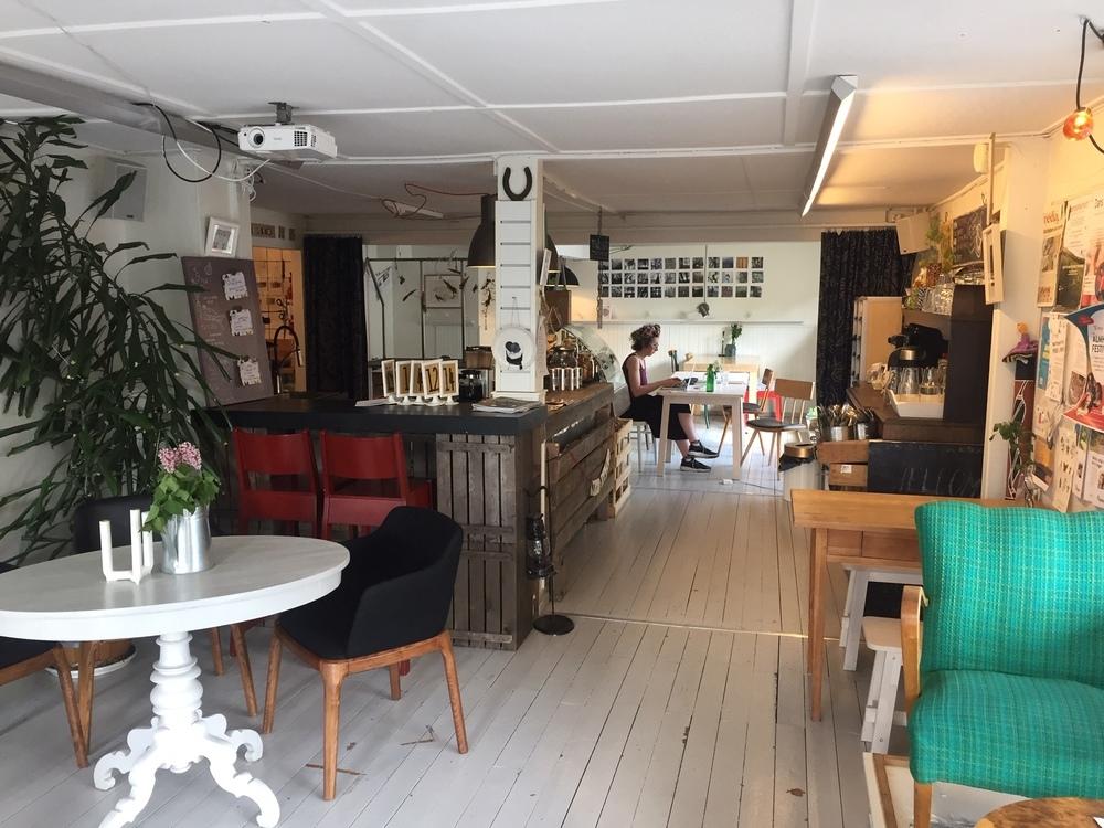 Fika på café Muff i Älmhult.