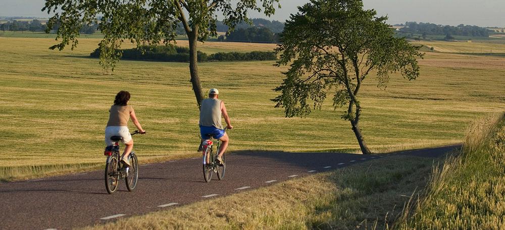 Hyr cykel i Ystad och cykla Sydkustleden.