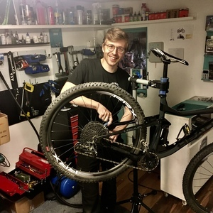 Bike service on different bike models