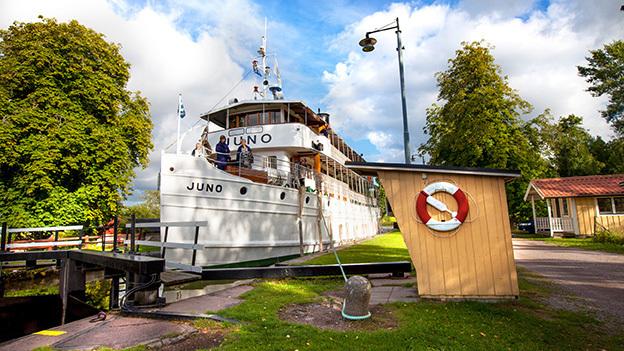 Upptäck Göta kanal på cykel.
