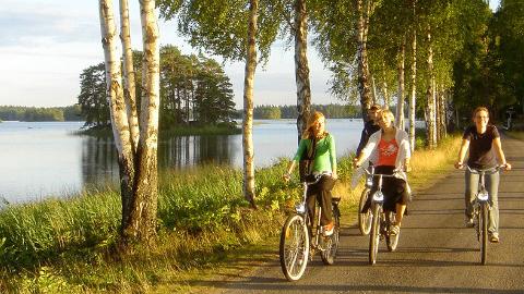 Cykla i Åsnen nationalpark, hyr cykel på Getnö gård.
