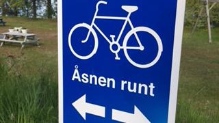 Cykla Åsnen runt med utgångspunkt från Getnö gård. Hyr cyklar online!