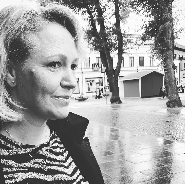 Jenny Skoglund skriver på för Human Solutions!