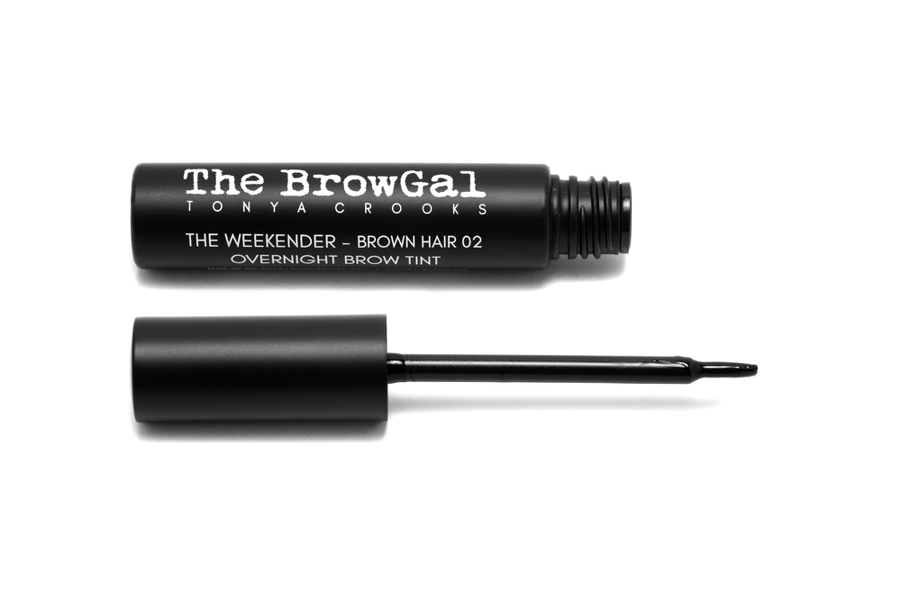 The Weekender Overnight Brow Tint