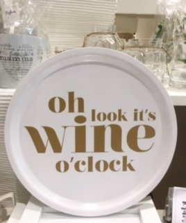 Mellow Design bricka Wine o´ clock.....