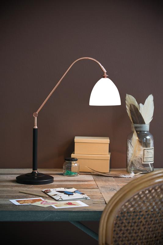 Herstal Spirit bord lampa koppar och vit