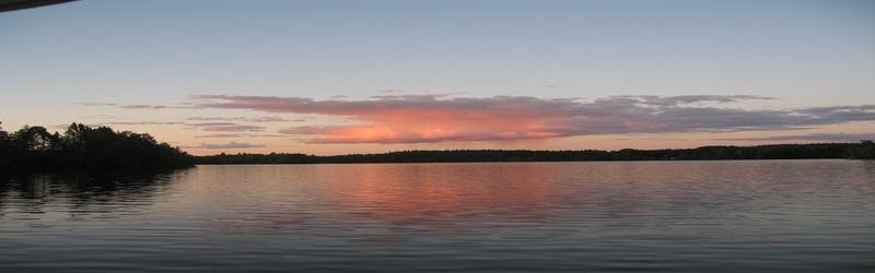 Bild på solnedgång över Halen i Olofström