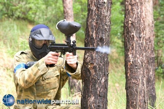 £5 for a day of paintballing for up to 5 people with 50 paintballs each, £10 for up to 10 or £15 for up to 15 with Nationwide Paintball - save up to 93%
