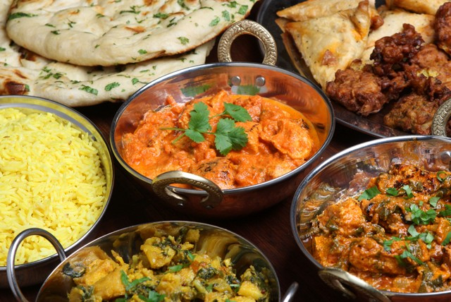 £19 instead of up to £41.40 for an Indian meal for 2 inc. starters, mains, rice & naan & ice cream at Bombay Delight, Nottingham - save up to 54%