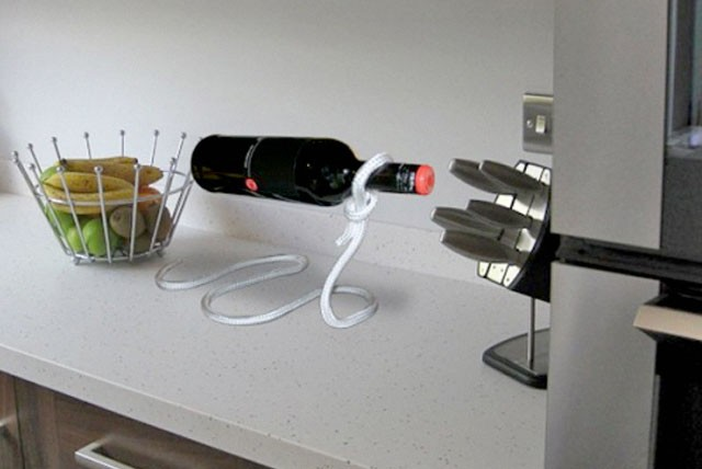 £9 instead of £24.99 (from Hold-My-Wine) for a lasso style wine bottle holder – no wine-ing with a saving of 64%