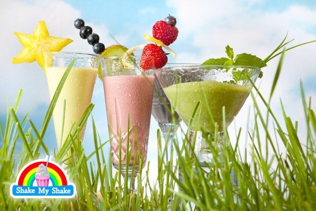 £4 for 2 XL A-list Smoothies or £6 for 2 XL Mega Shakes inc. any 3 flavours & any 2 toppings at Shake My Shake, North London – save up to 60%