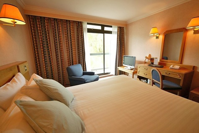 £59 instead of up to £82 for a 1 night stay for 2, including breakfast and afternoon tea at Ramada Hotel, Birmingham – save up to 28%
