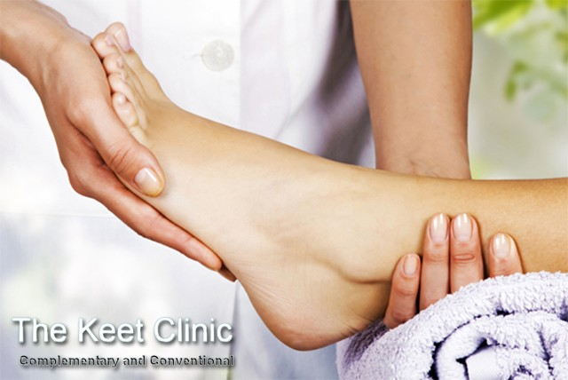£18 instead of £100 for two 90 minute reflexology sessions at Keet Clinic, Covent Garden – treat your feet and save a relaxing 82%