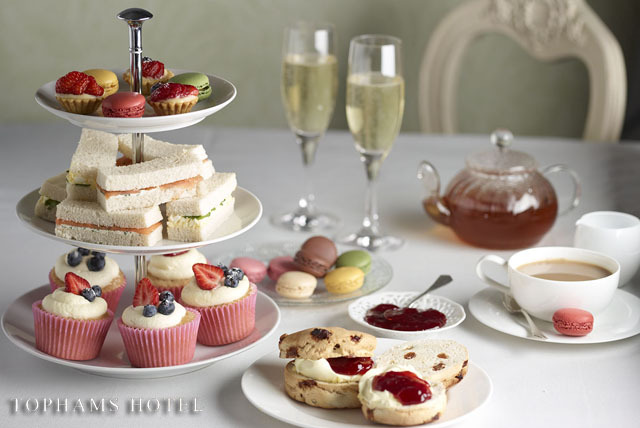 £26 instead of £64 for afternoon tea for 2 inc. Champagne, sandwiches, scones, pastries & tea at Tophams Hotel, Belgravia – save 59%