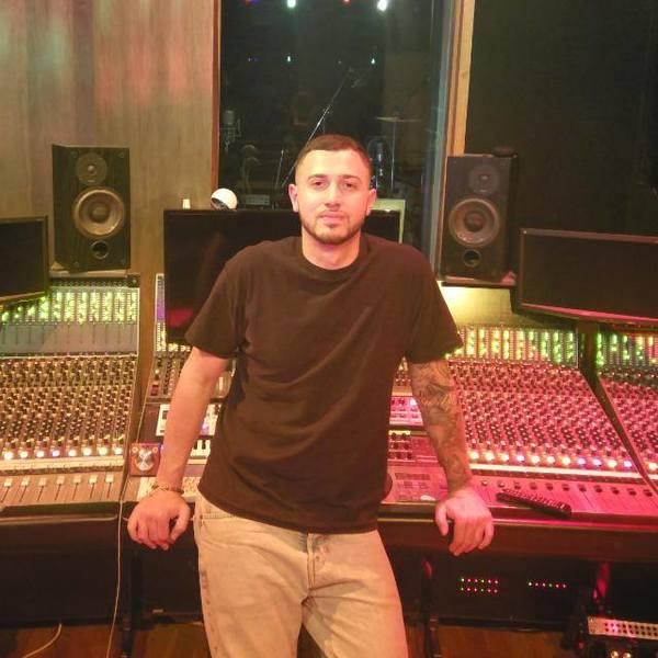 Pino Leoni's online CV   Sound Engineer, Studio Maintenance