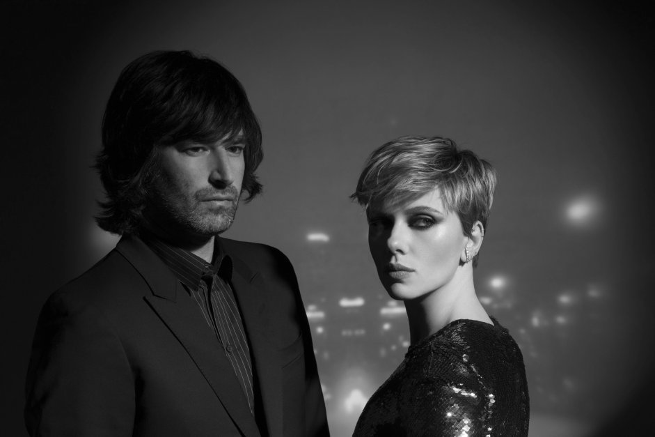 Pete Yorn & Scarlett Johansson have revealed new track 'Bad Dreams' taken  from their new EP 'Apart' out June 1st on Virgin EMI.