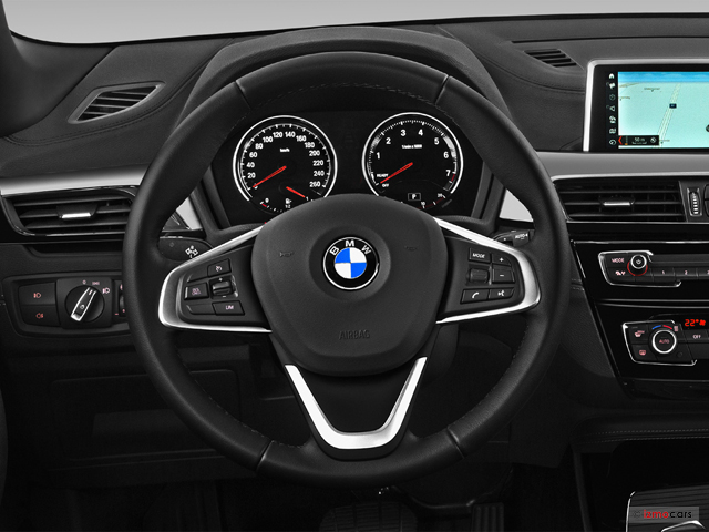 bmw x2 f39 premi re x2 sdrive 18i 140 ch bvm6 5 portes 5 en vente merignac 33 47 030. Black Bedroom Furniture Sets. Home Design Ideas