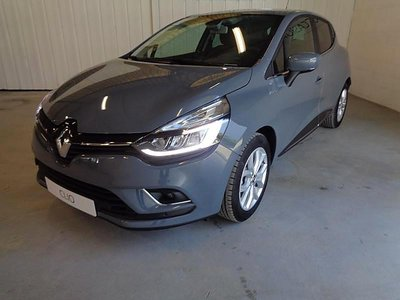Renault clio 1 5 dci 90ch energy intens euro6c 5p occasion for Garage renault occasion chalons en champagne