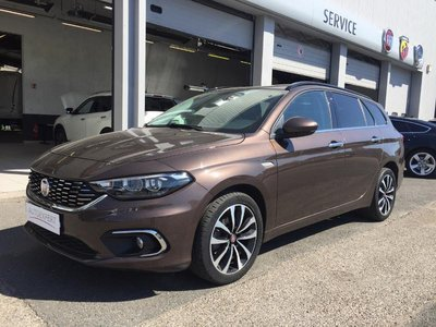 fiat tipo sw occasion 1 6 multijet 120ch lounge reims he13 413929. Black Bedroom Furniture Sets. Home Design Ideas