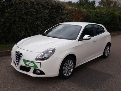 alfa romeo giulietta occasion 1 4 tjet 105ch edizione haguenau ft42c1 414071. Black Bedroom Furniture Sets. Home Design Ideas