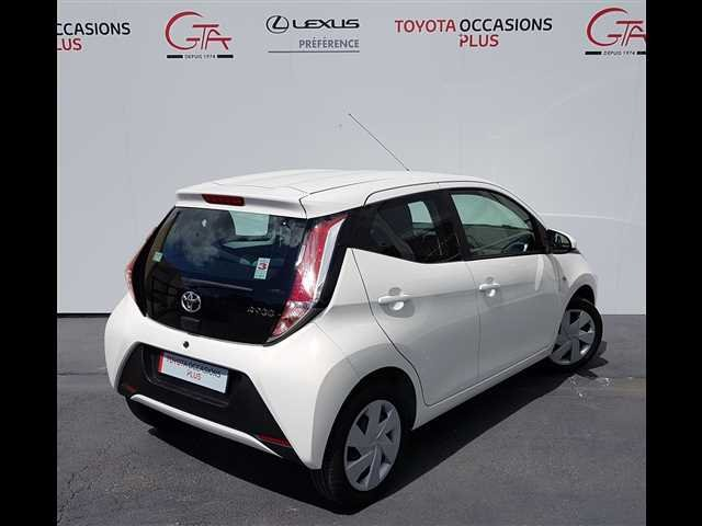 occasion toyota aygo ii nanteuil les meaux 77 4500 km en vente 9 490 annonce n 2985352. Black Bedroom Furniture Sets. Home Design Ideas